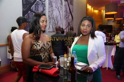 Wadau ndani ya #EATVAwards wakiburudika